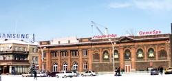 Hoktember-movie-theater.-Gyumri-Central-Square