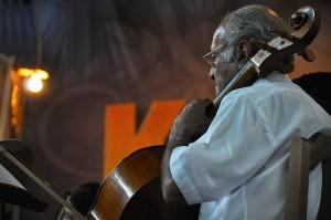 musician-cello